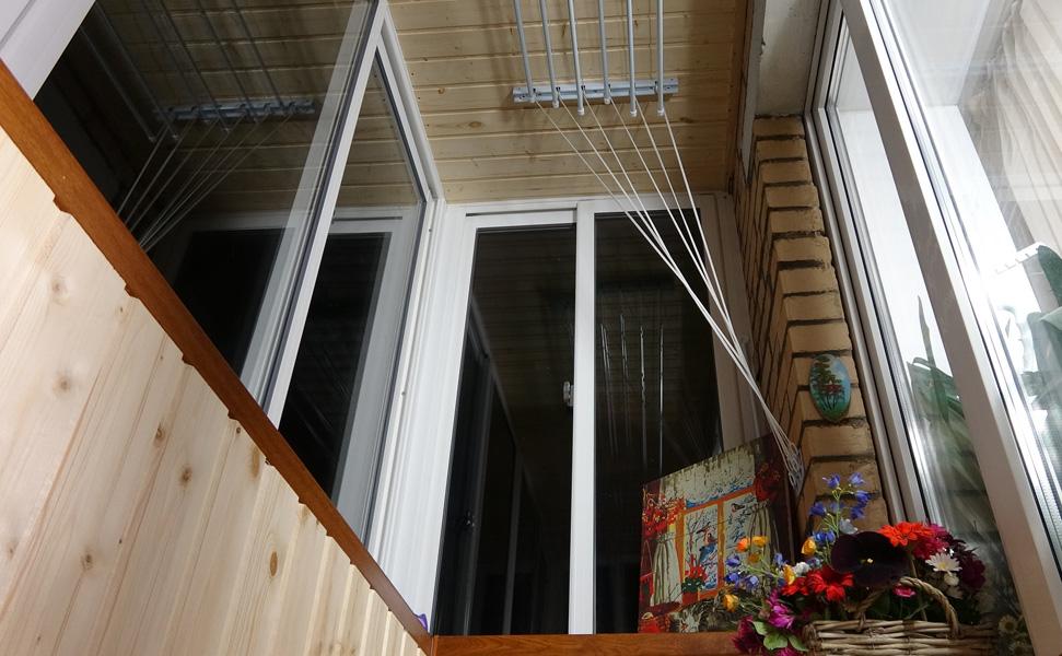 Остекление балкона слайдорс (слидорс) с выносом - цена, фото.